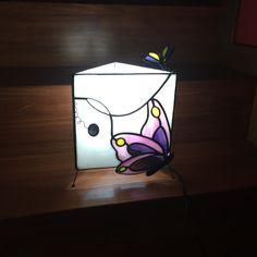 LÀMPARA amb papallones