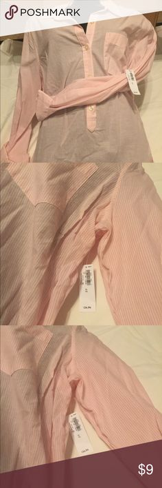 NWT Old Navy LS 100 Cotton LS Shirt NWT Old Navy LS 100% Cotton Shirt.  Items purchased from me will include thank you note and surprise gift!  Shop my closet and bundle for additional savings!  Thank you in advance for your business!! Old Navy Tops Button Down Shirts