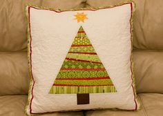 strip quilt christmas trees tutorial.  from the blue chair: Tree Pillow Pointers