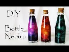 create a nebula in a bottle! Diy Arts And Crafts, Fun Crafts, Garrafa Diy, Galaxy In A Bottle, Galaxy Decor, Diy Galaxy, Nebula Jars, Projects For Kids, Diy Projects
