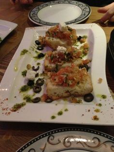 #Bruchetta, gegrild boerenbrood met o.a. tomaat, knoflook en olijvenpasta