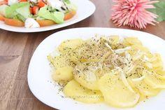 Esta es una receta muy rápida de cocinar, ideal para esos días que tienes poco tiempo para comer y necesitas hacer algo fácil. Además, ¡está buenísimo! INGREDIENTES PARA 1 PERSONA 2 o 3 patatas ½ o 1 cebolla (dependiendo de si te gusta más o menos) Aceite de oliva virgen extra Un poquito de agua …