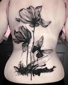 Black Flowers Tattoo on Back Cover Up Tattoos, Back Tattoos, Mini Tattoos, Body Art Tattoos, Cool Tattoos, Tatoos, Dragon Tattoos For Men, Dragon Tattoo Designs, Tattoo Designs Men