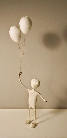 Textile Sculpture, Paper Mache Sculpture, Soft Sculpture, Paper Mache Crafts, Doll Crafts, Diy Doll, Paper Toy, Paper Dolls, Christmas Flower Decorations