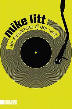 """Der Exilamerikaner Mike Litt trägt den Beinamen """"Der einsamste DJ der Welt"""" nicht zu Unrecht, denn einmal im Jahr, an jedem Heiligabend ab punktgenau 19.03 Uhr, sitzt er tatsächlich sehr einsam im 1Live-Studio, legt Elektro-Platten auf und ist live auf Sendung, um mit seinen Hörern z"""