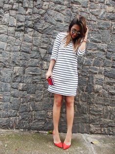 25 Fabulous Striped Outfits in Various Clothing Styles – Mode Striped Dress Outfit, Dress Outfits, Fashion Outfits, Striped Outfits, Dresses, Fashion Fashion, Unique Outfits, Cool Outfits, Square Skirt