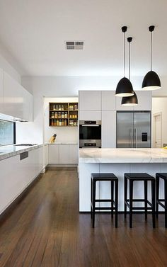 black and white kitchen #4