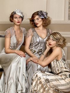Vintage wedding bridesmaids jenny packham ideas wedding vintagewedding bright navy blue and champagne winter wedding color ideas Great Gatsby Wedding, 1920s Wedding, Gatsby Party, Gatsby Wedding Dress, Gatsby Theme, Wedding Ideas, Wedding Dress Sizes, Used Wedding Dresses, 1920s Bridesmaid Dresses