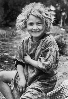 "Such a beautiful child - ""Daughter of Migratory Workers, Lower Rio Grande Near Raymondsville, Texas, 1937.""  Photo by Carl Mydans for LIFE Magazine."
