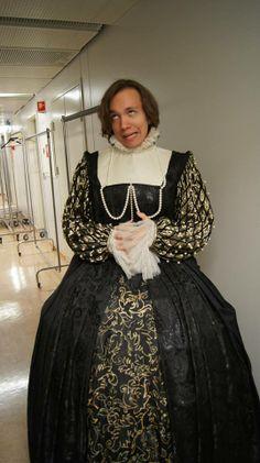 3. juni var Teaterensemble på omvisning på Det Norske Teatret - noen av bildene fra dagen ser du her!