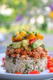 Mexican Haystacks RICE 2 cups uncooked brown rice 1 bunch fresh cilantro MEAT 1 1/2 lbs ground turkey 1 onion, chopped 1 tablespoon garlic powder salt & pepper to taste 4 cups salsa (I used Kirkland organic salsa from Costco) TOPPINGS 1-2 avocados, chopped 1-2 red peppers, chopped 1-2 ripe mangoes, chopped fresh cilantro for garnish