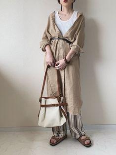 【2019春夏コーデ】トレンドを取り入れた大人女子の最新ファッション50選! | folk Hijab Fashion, Fashion Outfits, Womens Fashion, Japanese Fashion, Korean Fashion, Mix Match, Nice Dresses, Style Me, Normcore