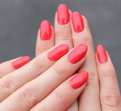 A bright orange-red polish. Try this shade in nail lacquer, #OPIGelColor, or #OPIPowderPerfection.  by: @ronjaolivias  #brightnails #brightrednails #nails #summernails #opi #gelmani Red Orange Nails, Red Gel Nails, Opi Gel Polish, Bright Red Nails, Red Nail Polish, Nail Manicure, Orange Red, Toe Nails, Interview Nails