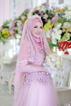 Photography fashion pink wedding dresses 60 ideas for 2019 Hijabi Wedding, Muslimah Wedding Dress, Disney Wedding Dresses, Hijab Bride, Bridal Party Dresses, Muslim Brides, Pakistani Wedding Dresses, Bridal Gowns, Wedding Gowns