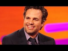 Mark Ruffalo acts out a fan's dream conversation - OMG this is sooo funny! WATCH!
