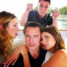 Willa Holland, Katie Cassidy, John Barrowman and Colton Haynes