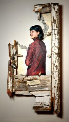 Cut-out portrait obscures the viewers where the painted portrait ends and the wall begins. Paul Hamanaka #celesteprize2014 http://www.celesteprize.com/artwork/ido:293362/