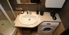 ванная комната со стиральной машиной
