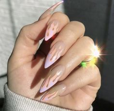 TOP AMAZING GEL NAILS ART OF 2019 - Page 24 of 41 The simple spike design is a chic hue that suits all nail lengths and shapes. This nail art is characterized by two shades of gray on long, pointed nails. Use gray to make the shape Read more… Stiletto Nails, Coffin Nails, Pointed Nails, Acrylic Nails Coffin Kylie Jenner, Gorgeous Nails, Pretty Nails, Amazing Nails, Hair And Nails, My Nails