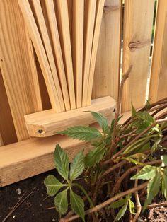 Gjør det selv – blomsterkasse i Sibirsk Lerk med selvvanning – Gjør det selv Outdoor Chairs, Outdoor Furniture, Outdoor Decor, Planters, Wood, Garden, Crafts, Outdoors, Home Decor