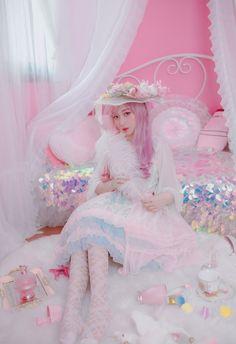 kawaii lolita lolita fashion lolita style sweet lolita EGL feather lolita dress lolita clothes