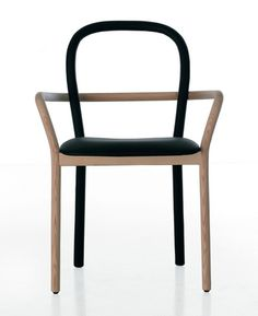 Like the lines and 2 colors - Gentle Chair for Porro by Front.