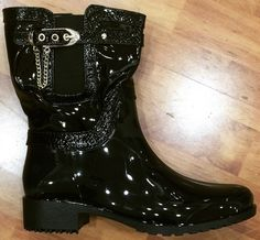 Patent boot Combat Boots, Flip Flops, Lady, Shoes, Fashion, Moda, Zapatos, Shoes Outlet, Fashion Styles