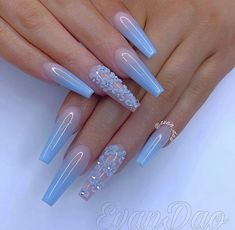 40 cute nail art designs to welcome summer 10 Blue Acrylic Nails, Summer Acrylic Nails, Acrylic Nail Designs, Pink Nails, Nail Art Designs, Nails Design, Burgendy Nails, Violet Nails, White Nails