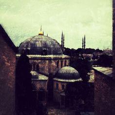Recuerdos de #estambul de madrugada☕disfrutando del primer ☕del día mientras escucho el silencio...Felices madrugadas☕ - @amayas- #webstagram
