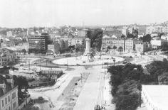 Acervo fotográfico do Arquivo Municipal de Lisboa - SkyscraperCity Lisbon, 1, Outdoor, Pereira, Lisbon Portugal, Old Pictures, Monuments, Outdoors, Outdoor Living