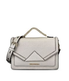 97a70b2413e7 Are you looking for Karl Lagerfeld women s K KLASSIK SHOULDERBAG  Discover  all the details on Karl.com. Fast delivery and secure payment.