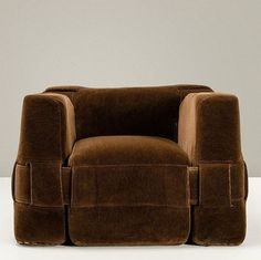 "Mario Bellini _ ""932"" armchair"