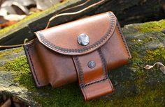 Leather Belt Pouch / Altoids Tin Pouch / Bushcraft Pouch /