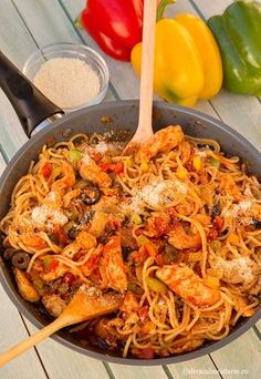 Chicken Pasta, Paella, Crockpot Recipes, Good Food, Food And Drink, Pizza, Lunch, Dishes, Cooking