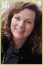 Marie Bostwick is a best-selling author. She writes a series centered around a quilt shop.