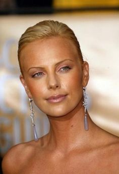 Charlize Theron. One of my favorite faces in the whole world.