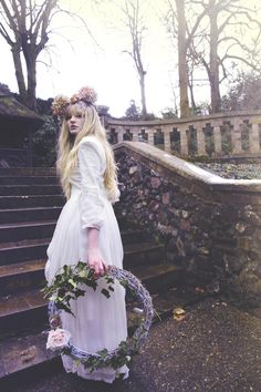 #crown #wonderland #alice #flower #romantic