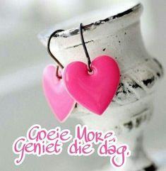 heart coeur herz corazón love art etc. Heart In Nature, Heart Art, I Love Heart, Happy Heart, Pink Earrings, Heart Earrings, Dangle Earrings, Neon Jewelry, Women's Jewelry