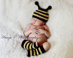PDF CROCHET PATTERN  Bumble Bee hat and leg by BeezyMomsCreations, $5.50