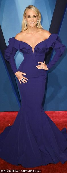 Showstoppers! Carrie Underwood, Kelsea Ballerini, and Jessie James Decker stole the show a...