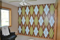 Great argyle wall - good color combination.  I really like the effect, just not ready to commit to a full wall.