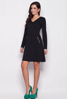 Elegancki model sukienki na chłodniejsze dni. Kartes-Moda K078