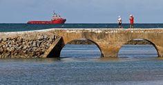 Ponte que liga o continente ao Forte dos Reis Magos, construído no mar, e Natal (RN)