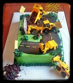 Construction Cake; Boy Birthday Cake http://lorissweettreatslincoln.weebly.com/: