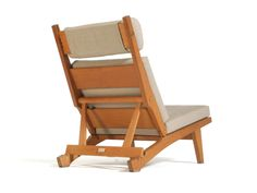 Oak Recliner by Hans Wegner image 4