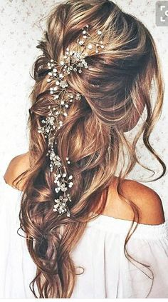 Boho hairstyle for prom