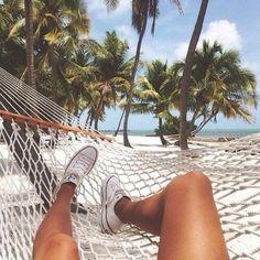 Imagem de summer, beach, and converse