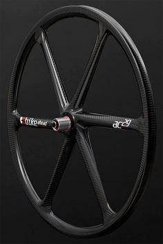 Las exclusivas ruedas de Bike Ahead Composites, disponibles en España de la mano de Alpcross