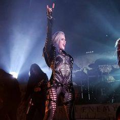 "620 Me gusta, 1 comentarios - Metal Girls Power Association (@metal_girls_power) en Instagram: ""#repost @alissawhitegluzsnightwish • • • Horns up all night! Will to Power Tour Nov 27th 2017…"""
