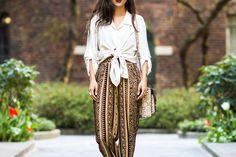 Πώς θα φορέσετε τα harem pants χωρίς να δείχνουν άκομψα Κομψά, stylish και ανάλαφρα θα φέρουν αέρα Ανατολής στο καλοκαρινό σας στιλ. Έτοιμες να εντυπωσιάσετε;